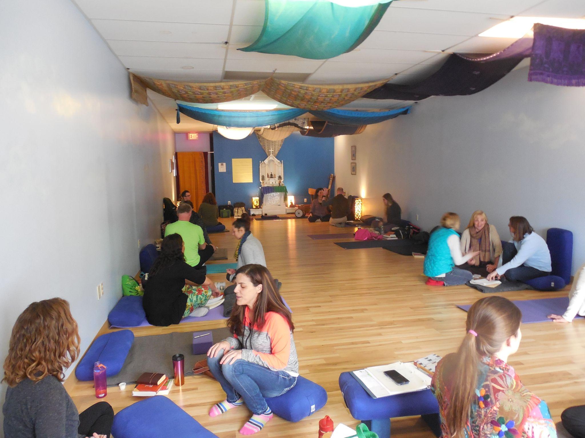Plasha Yoga School - 200&300-hour Teacher Trainings and CEUs